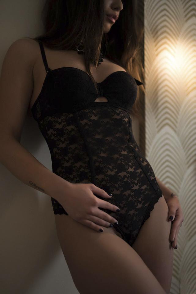 boudoir-workshop_Szalay_Mona-fotografussal_07
