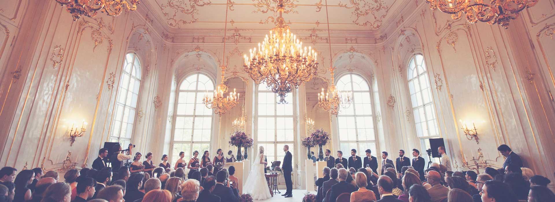Elegáns és nagyszabású esküvői fotózás